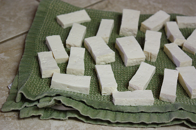 drying tofu